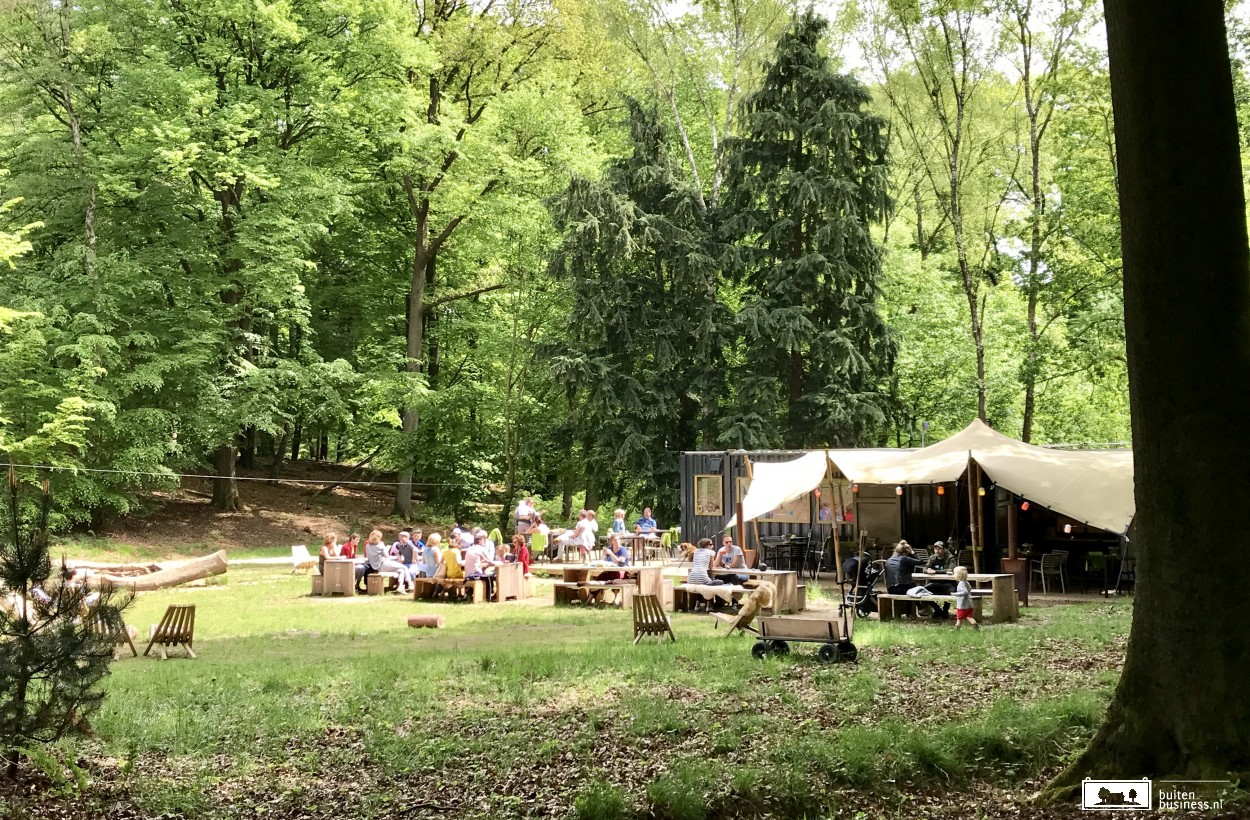 Het sfeervolle pop-up restaurant WOODZ